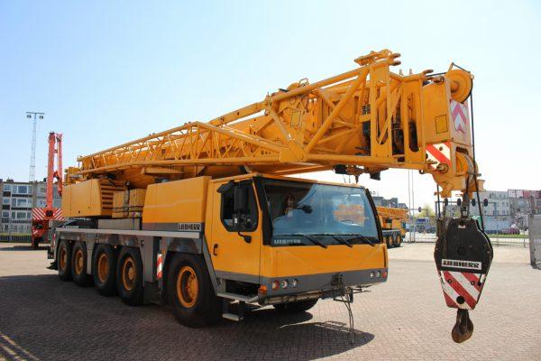 автокран 130 тонн стрела 60 метров либхер