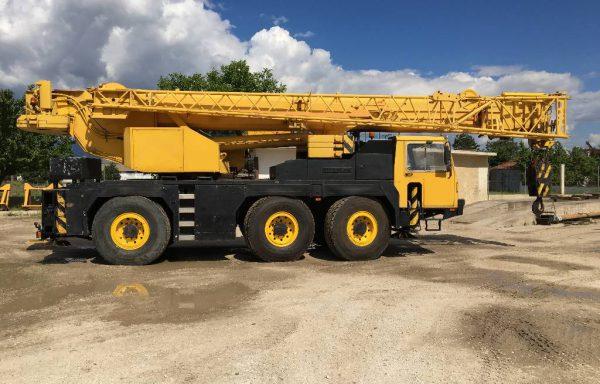 Автокран г/п 50 тонн стрела 38 метров LIEBHERR LTM 1050