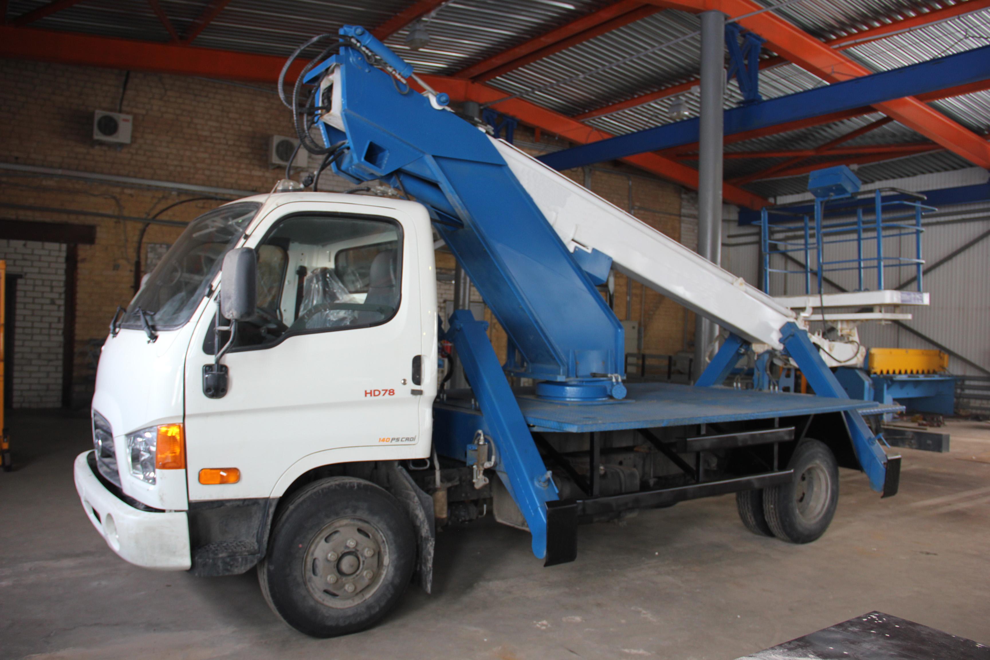 Автовышка 18 метров Huyndai (телескоп)