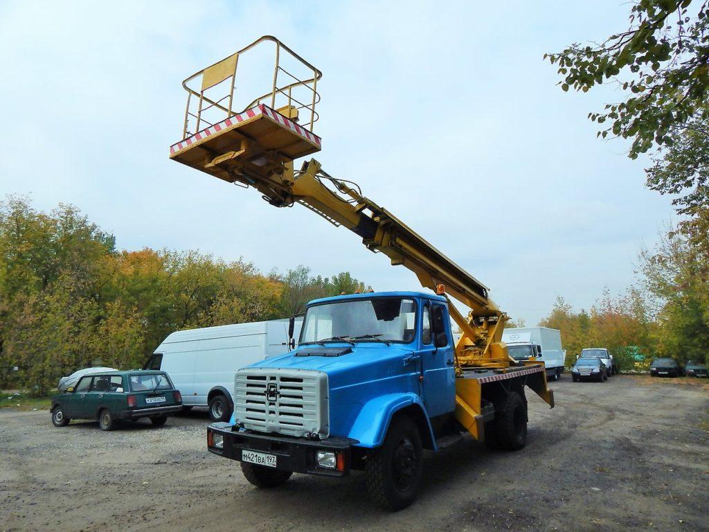 Автовышка 18 метров (телескоп) ЗИЛ