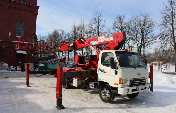 Автовышка 28 метров Hyundai (Телескоп)